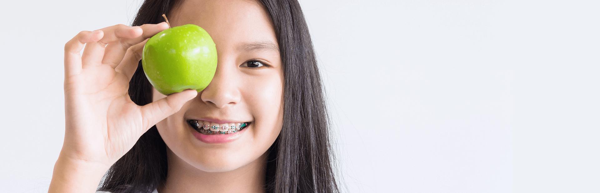 Perhatikan 7 Hal Ini Jika Akan Memasang Kawat Gigi Pada Anak - Aloclair 1df5fabdec